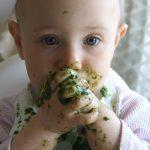 Voici comment faire manger des légumes à son bébé